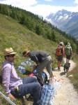 ausstellung landschaft lötschental schilder vorbereiten